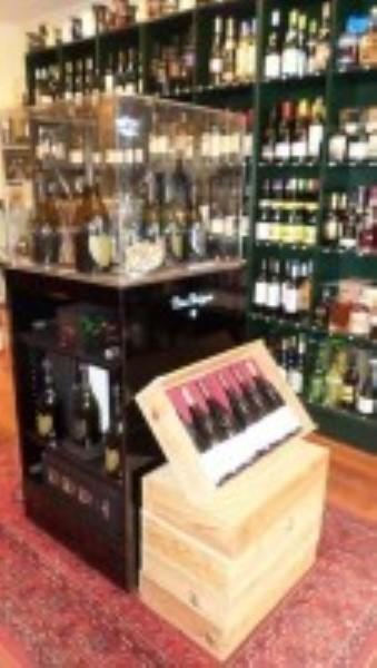 Cave à vins Epicerie Fine - Belle affaire très bien située - Commerce Alimentaire